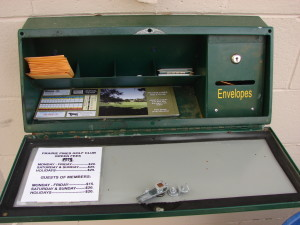 Green fee rates and envelopes to deposit them.