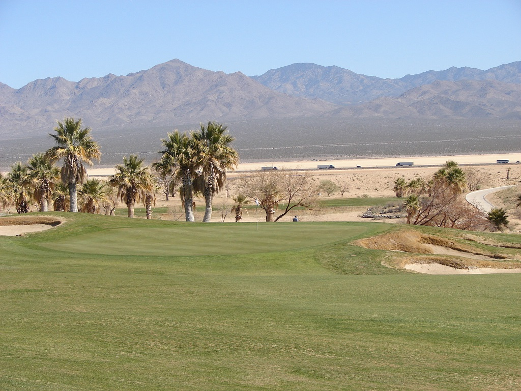 7th green at Primm Valley, Desert Course